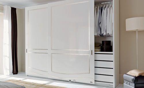 Armadio moderno / in legno / a porte scorrevoli / ad uso residenziale FIORE LE FABLIER