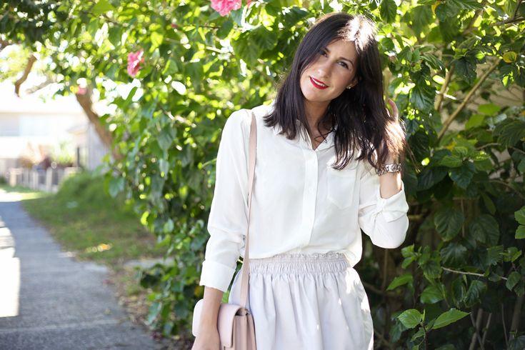 Outfit wearing Popbasic shirt, Karen Walker skirt, Benach x Karen Walker satchel