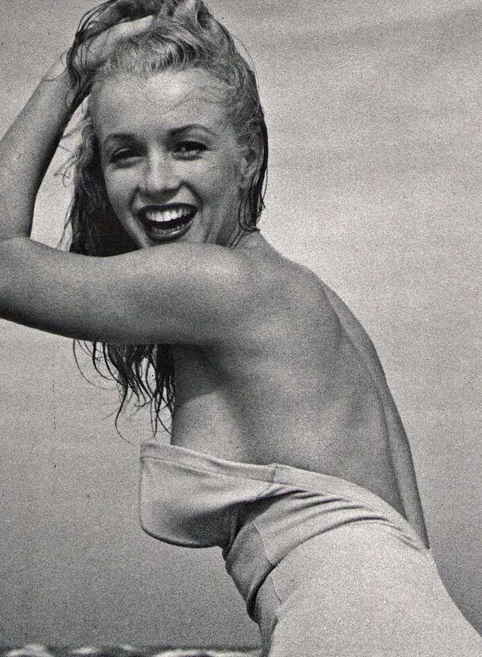 marilyn-mccoo-in-bikini-photo-little-white-butt-porn