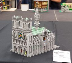 Notre Dame Cathedral. LEGO Model by Alice Finch.