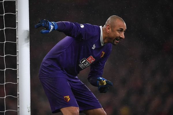 Heurelho Gomes of Watford in action during the Premier League match between Arsenal and Watford at Emirates Stadium on January 31, 2017 in London, England.