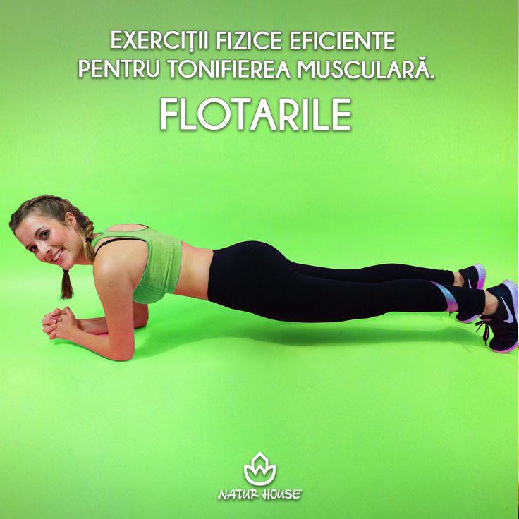 Flotările se numără printre cele mai eficiente exerciții fizice în ceea ce privește tonifierea musculară. Dacă nu ești obișnuit cu acest tip de exercițiu, poți începe cu flotările statice, care presupun să menții poziția corpului timp de cel puțin 20 de secunde, sprijinindu-te pe vârfurile picioarelor și pe coate. Acest exercițiu întărește mușchii din zona abdomenului, brațelor și picioarelor. #sănătate #sport #slăbire