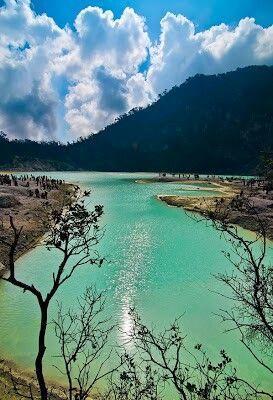 Kawah Putih, Bandung, West Java, Indonesia. http://tentangjogja.id