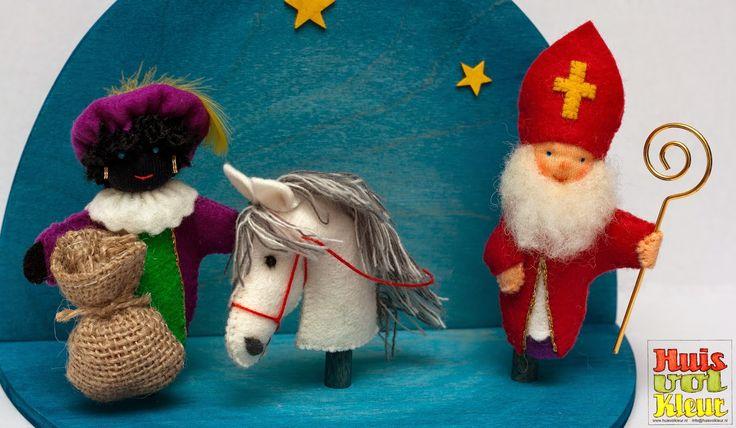 Huisvolkleur: Sinterklaas, Piet en Americo vingerpopjes
