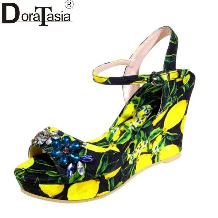 41.29$  Buy now - http://ali8n2.shopchina.info/1/go.php?t=32805528359 - DoraTasia Brand Design Printing Rhinestone Crystal Women Sandals Sexy Platform Wedge High Heel Party Wedding Shoes Woman 41.29$ #aliexpresschina