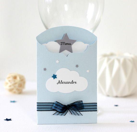 Menu et marque-place 2 en 1 thème nuage et étoiles, décoration de table pour baptême, coloris bleu et gris