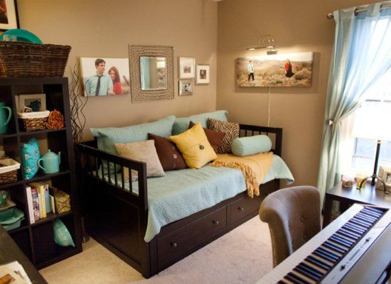 9 Space Smart Ways To Fit Two Rooms In One Small Guest Rooms Guest Bedroom Office Small Room Design