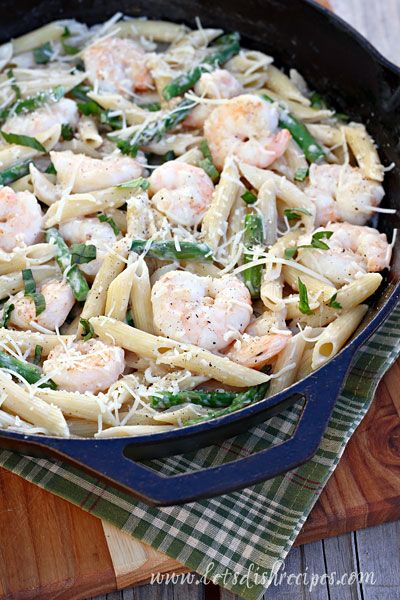 Skillet Shrimp and Asparagus Pasta with Progresso Recipe Starters. Thanks to Let's Dish for the feature! #RecipeStarters