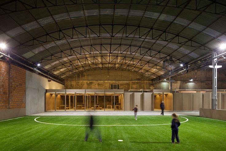 COMOCO arquitectos - N10-II Sports Facility, Coimbra, Portugal (2012) #sport #rehab #gym