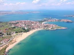 Bulgária türkiz tengere
