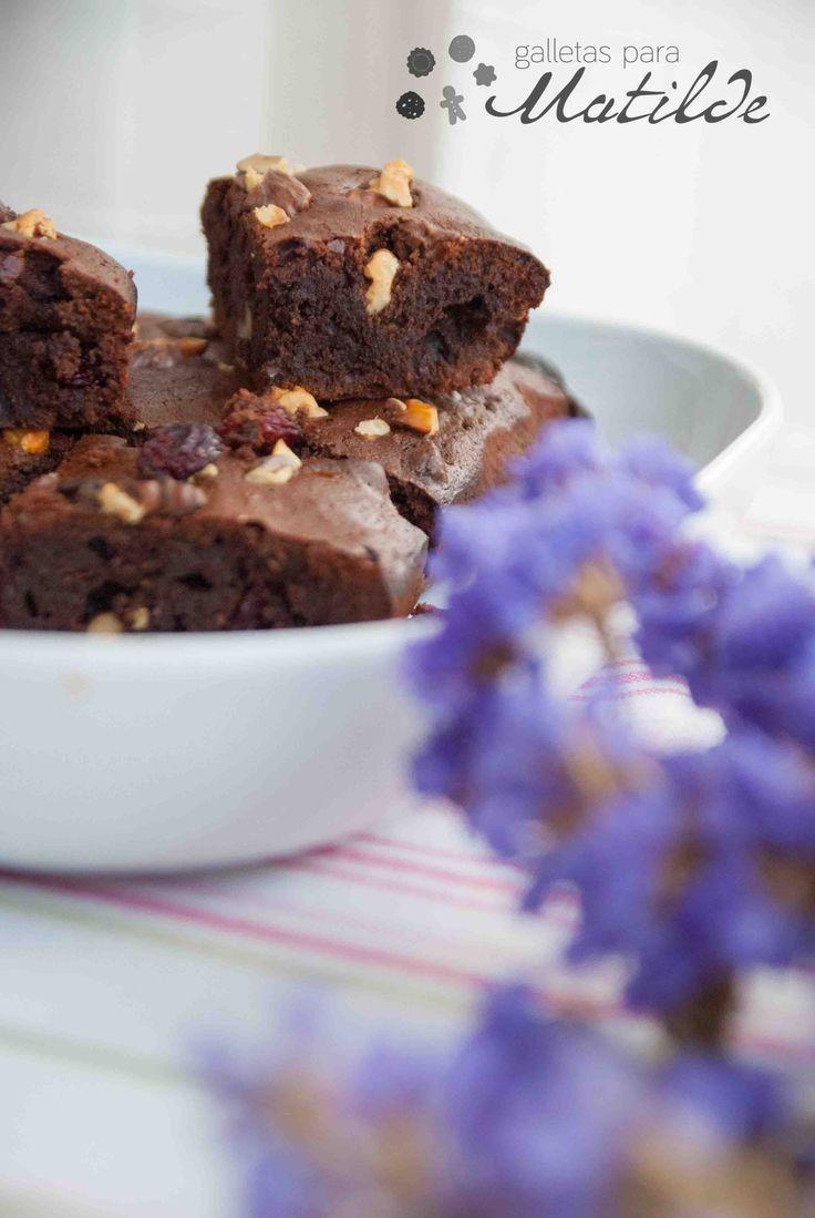 Brownie con nueces y arándanos sin gluten