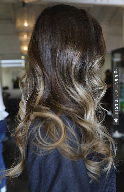 1920's wedding hair -- Long ombre brunette to blonde hair with soft curls