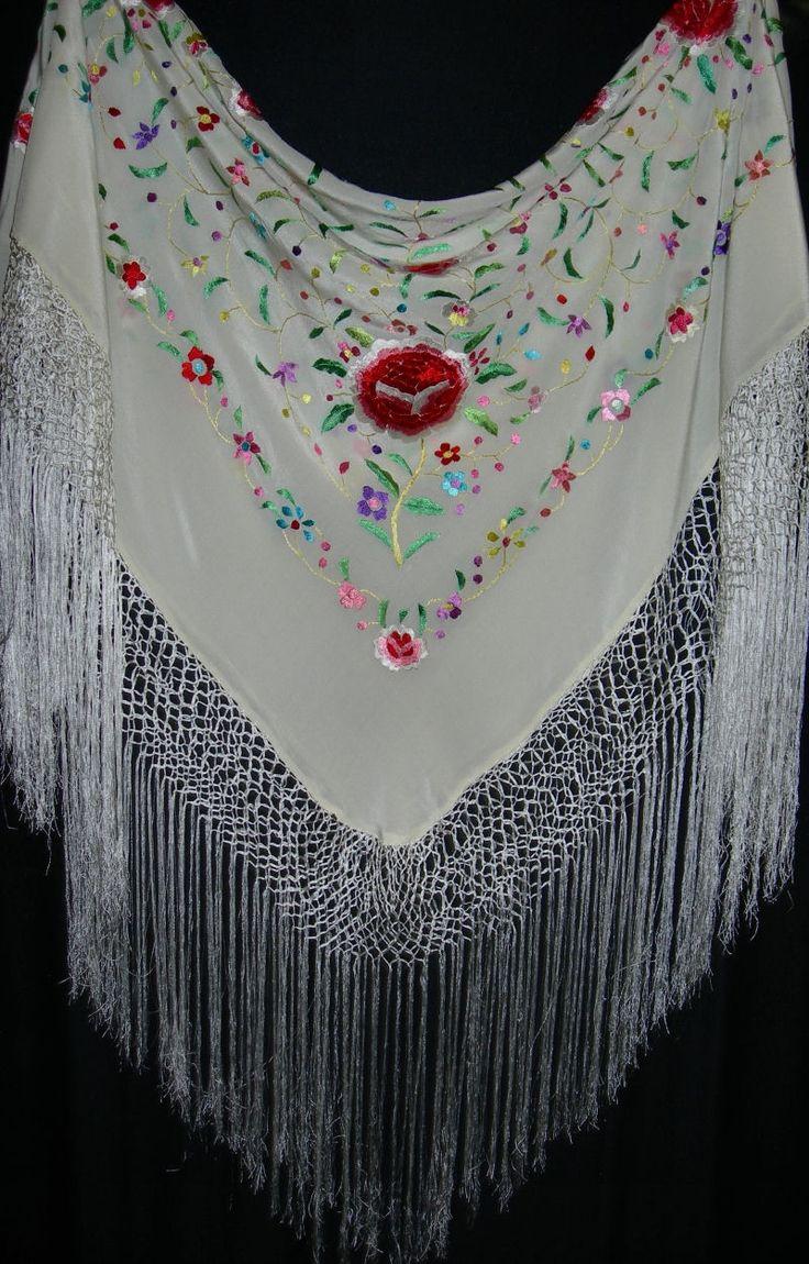 Manton Mantones Spanish Embroidered Shawls Flamenco