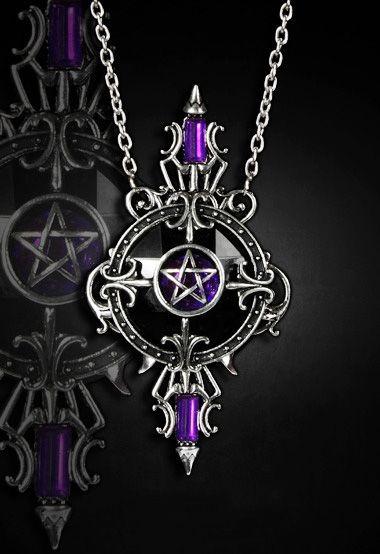 Colgante Mystic Mirror de #Restyle #gotico #pentagrama #gothic #gothicfashion #xtremonline #pendant