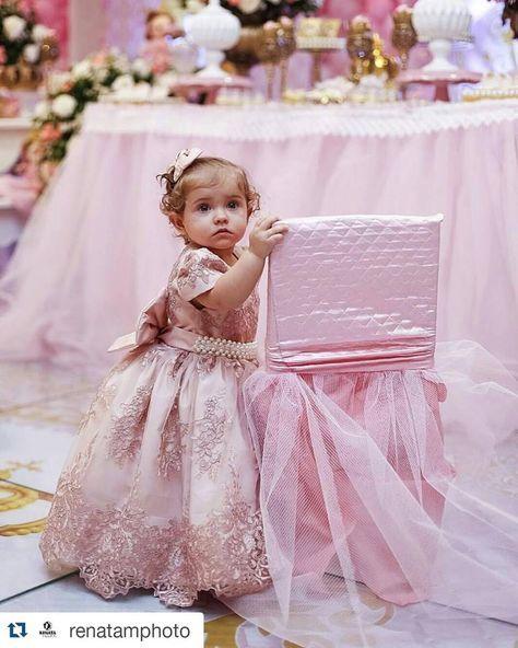 c75ecdd23e Princesa Realeza  Modelos de vestidos – Inspire sua Festa ®