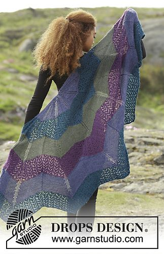 Ravelry: 171-13 Aurora Borealis pattern by DROPS design