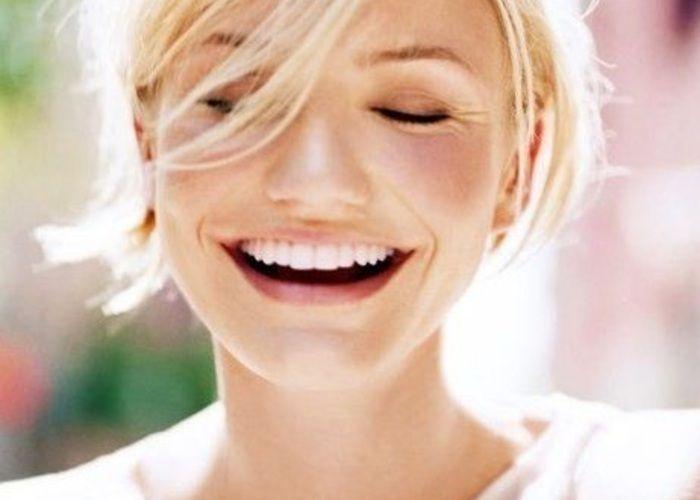 美しい笑顔を手に入れるために♡歯のホワイトニングも欠かせない♡結婚式のための美容法♪ウェディング・ブライダルの参考に♡