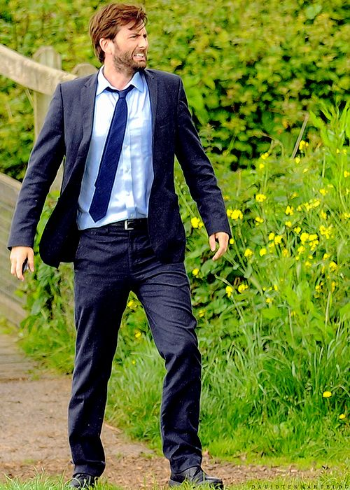 David Tennant on the set of Broadchurch series 2! :)