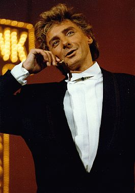 Barry Manilow - The BarryNet - The Shows - Classic Manilow Frame 40