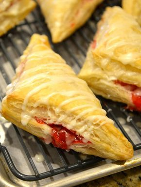 Arby's Cherry Turnovers Recipe - you can make this dessert from CopyKat.com in your own kitchen.  #copycat