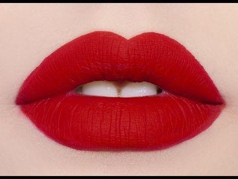 Assista esta dica sobre Como passar batom vermelho como profissional (how to apply lipstick like a pro) e muitas outras dicas de maquiagem no nosso vlog Dicas de Maquiagem.