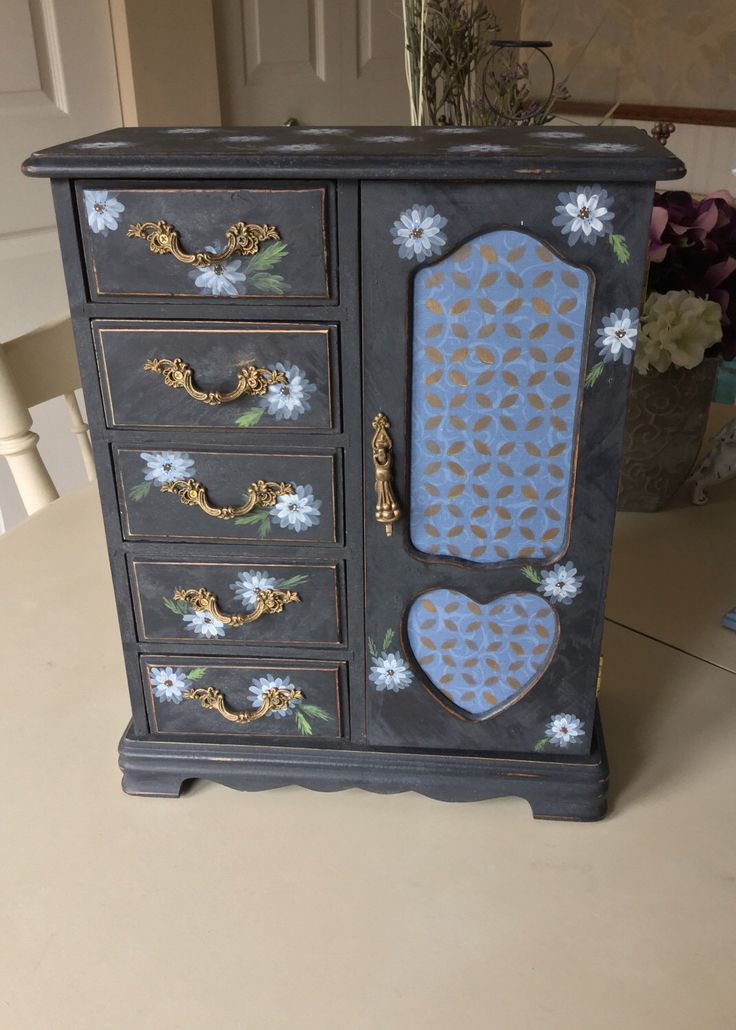 Shabby Chic Jewelry Box / Painted Vintage Jewelry Box / OOAK Wooden Jewelry Armoire by ByeByBirdieDesigns on Etsy https://www.etsy.com/listing/494332006/shabby-chic-jewelry-box-painted-vintage