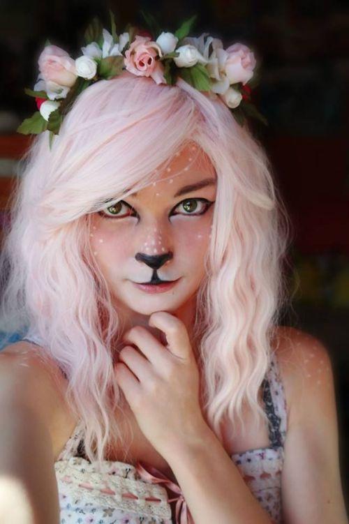 maquiagem fácil halloween dia das bruxas cervo veadinho coroa de flores cabelo rosa