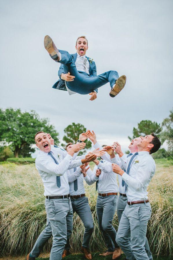 groomsmen pose- las vegas wedding