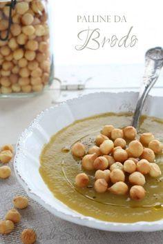 Palline da brodo, al forno. Piccole palline che rallegrano e rendono gustosa ogni tipo di vellulata, crema di verdure o un semplice brodo.