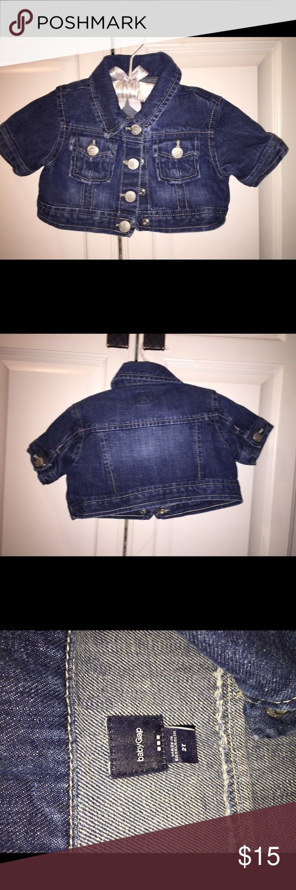 BabyGap Gap 2t denim jacket short sleeve blue It is used but in good condition.  It is a great jacket for any dress.  Loved it on my daughter. Size 2t. GAP Jackets & Coats Jean Jackets