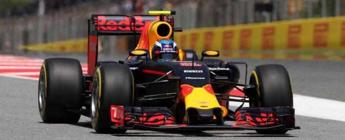 F1, Gp Spagna: Verstappen entra nella storia. A 18 anni domina il Gp di Spagna