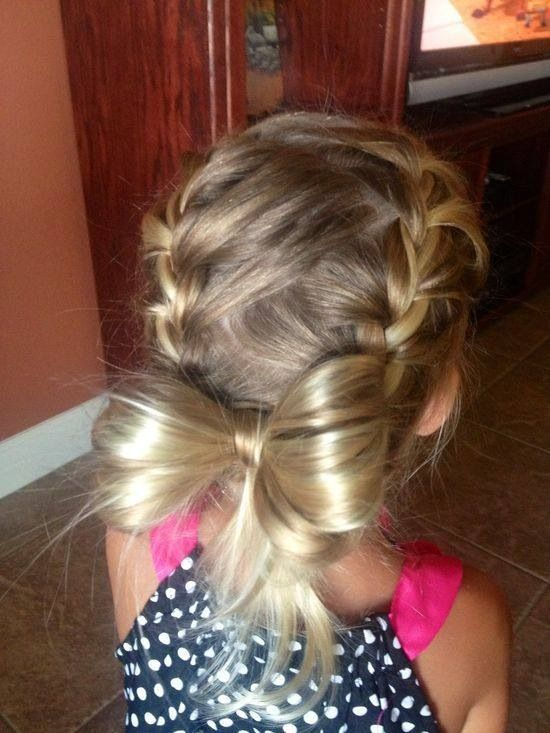 Love the combo of French braid and hair bow!!