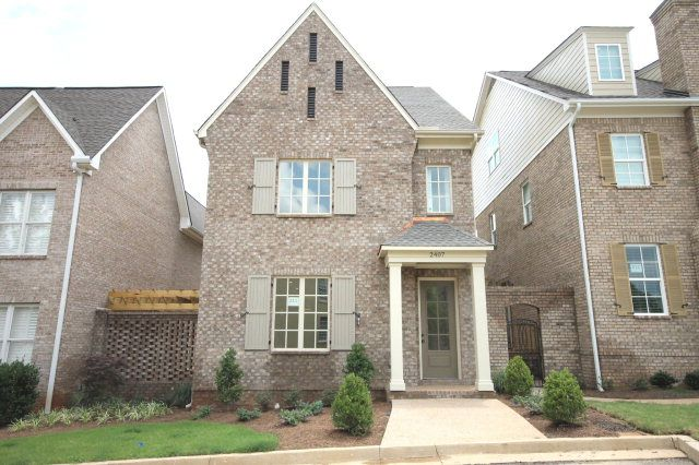 There are different reasons that usually compel people to purchase a home in Oxford, Mississippi. If you are one of peace loving people then you should consider looking out for the condos in Oxford MS. Visit here:http://oxfordmscondosforsale.blog.com/2014/07/28/condos-for-sale-in-oxford-ms-%E2%80%93-prefer-the-best/
