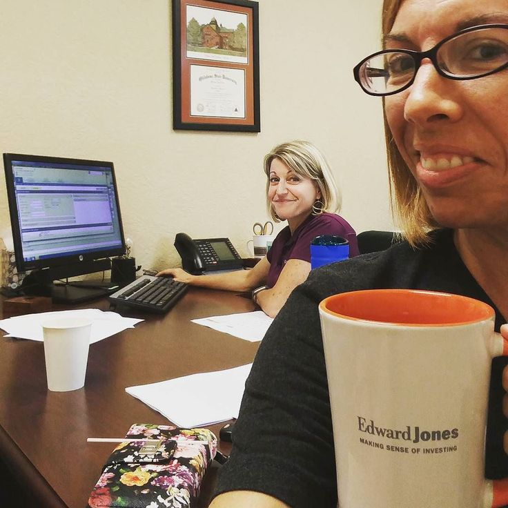 Hanging and needing out with my girl Melanie Wheeler! I get a nice cup of coffee while she takes my assets to a new level.  Need a financial guru - call her up! 409-860-9995 Tell her I sent ya!  #Beaumont #SETXFamily #SETXkids #SoutheastTexasFamily #SoutheastTexasKids #SETX #SoutheastTexas