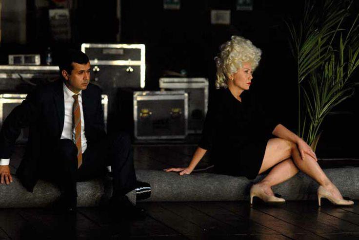 """""""Il servitore di due padroni"""", regia di Antonio #Latella. Foto di Brunella Giolivo. Al Teatro Storchi di Modena dal 12 al 18 dicembre. http://www.emiliaromagnateatro.com/spettacoli/il-servitore-di-due-padroni/"""