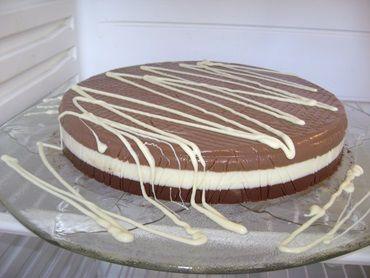 Receita de Torta suicídio de chocolate - Tudo Gostoso