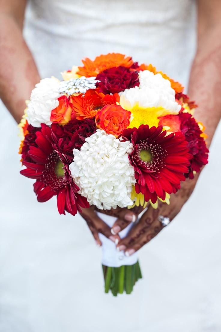 Best 25+ Gerbera daisy wedding ideas on Pinterest   Gerbera flower ...