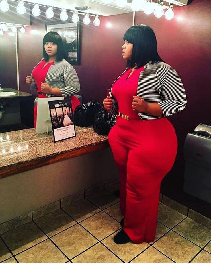 "bbwpears: ""#sexysunday #bbwpears #verified #nyc #bbw #ssbbw #hips #plussizeddiva #plussize #plussizemodel #plussizefashion #pearshaped #thick #supathick #curvy #curves #curvygirl #teambbw #bbwlover..."