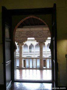Puerta en el interior del Convento