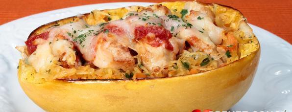 Courge Spaghetti Farcie de Poulet et de Légumes