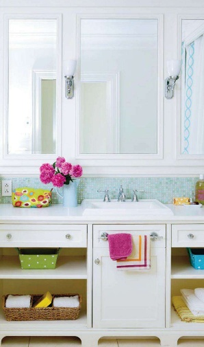 A colorful bathroom space: Bathroom Design, Colors Bathroom, Kids Bathroom, Modern Bathroom, For Kids, Bathroom Storage, Bathroom Reno, Girls Bathroom, Design Bathroom