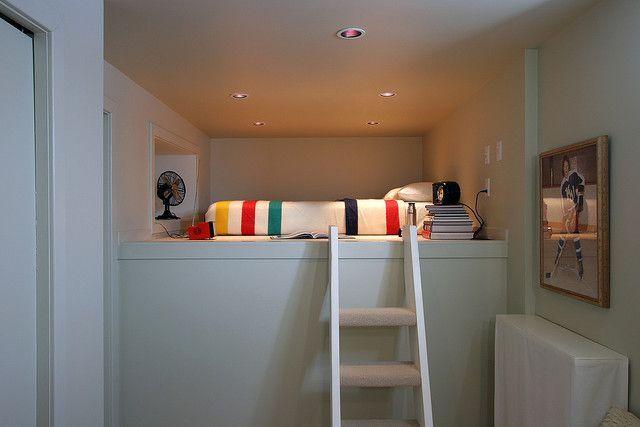 12 Breathtaking Attic Room Escape Ideas Projeto De Quarto Pequeno Designs De Quarto Como Fazer Uma Cama