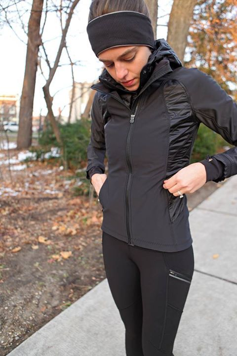 Lululemon black wind runner softshell jacket