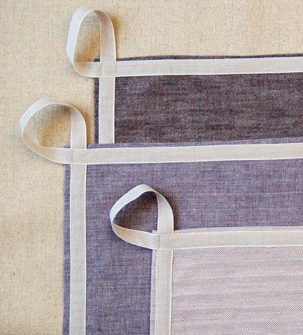 Un simple ruban pour accrocher serviette et torchons