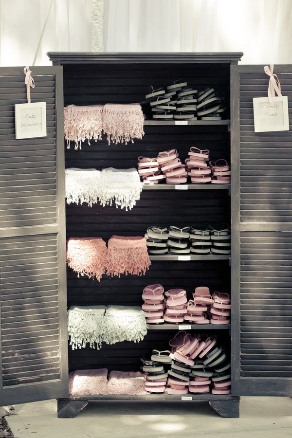 Shawls and flip flops for your guests. Love this for an outdoor wedding and our guests!