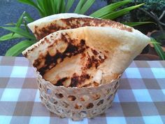 Наан - индийский хлеб, простой рецепт приготовления дома на сковороде. Наан с кунжутными семенами или чесноком.