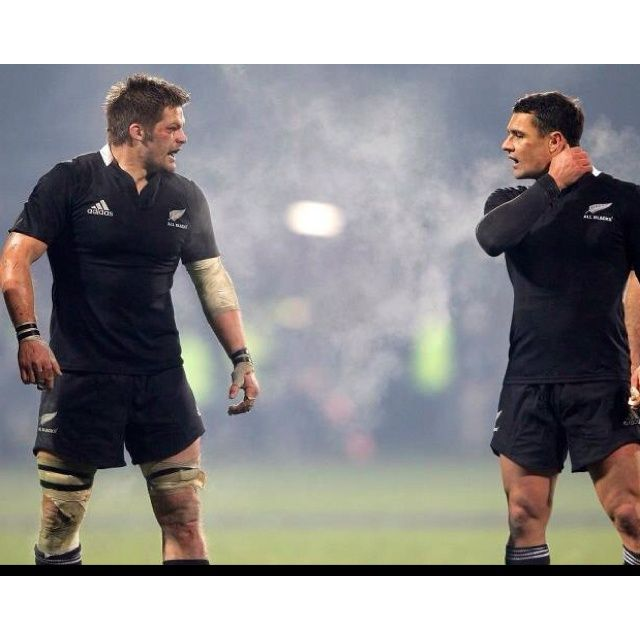 Rugby men swoon