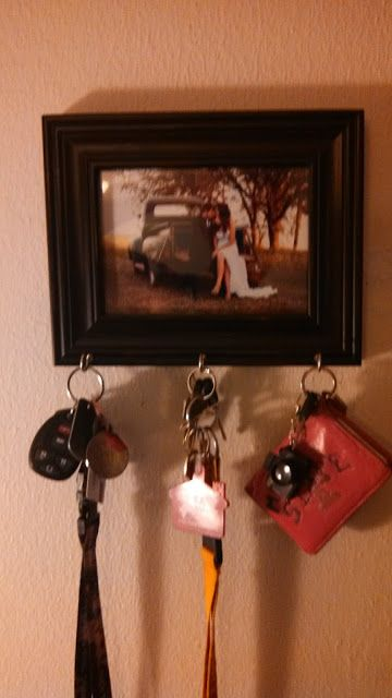 Through the Hanson Lens: DIY Key Holder I was just talking about how we needed one of these!