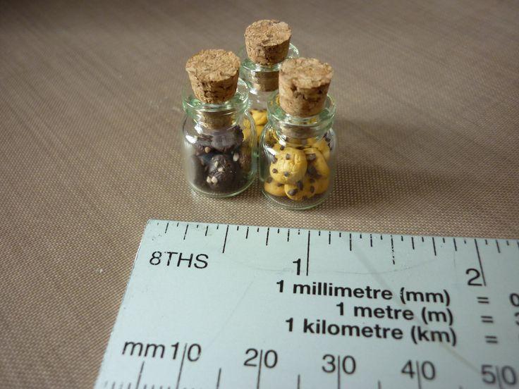 Mini cookie bottles - Sarah Field