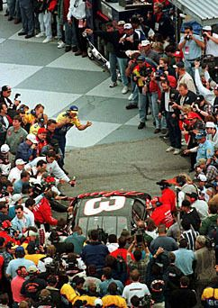 Almost everyone was out to congratulate Dale Earnhardt on his win at The Daytona 500.  http://www.pinterest.com/jr88rules/dale-earnhardt/